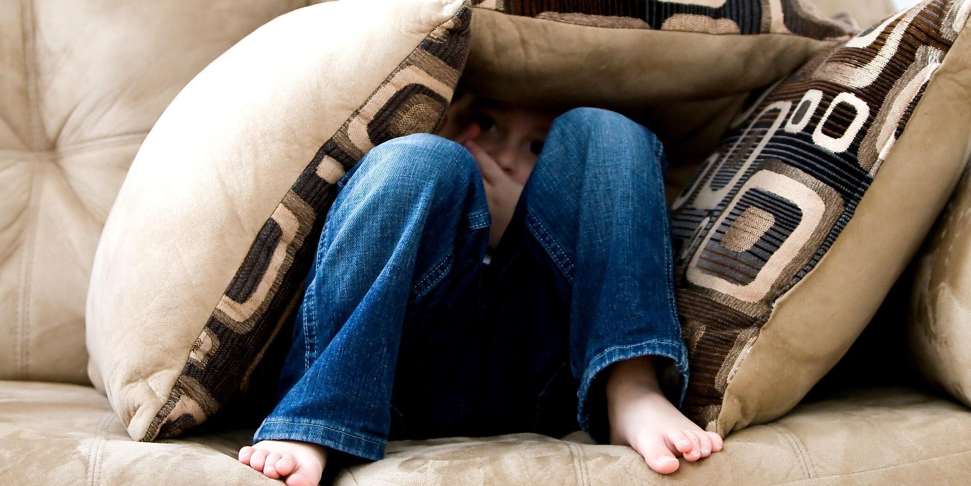 maltraitances dans le doute agir gynger. Black Bedroom Furniture Sets. Home Design Ideas